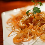 串ぜん - 料理写真:川海老の素揚げは塩で♪