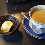 焼肉・てっちゃん鍋 銀衛見 - 食後のアイスクリームとコーヒー♡♡