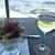 ザ ジュエルズ - スモールサラダ(330円内税)と白ワイン(550円内税)