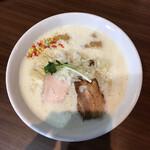 自家製麺くまがい - 料理写真:あわ鶏そば 塩 780円