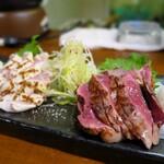 すみび屋 泰 - 総州古白鶏の2種盛り。これは是非とも頼みたい一品!