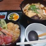 ちゃんこ 萩乃井 - 料理写真:ヅケ丼とちゃんこ鍋セット