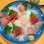 磯料理マルゴ - 2020.2 刺身(3人前 3,600円)