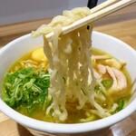 新旬屋 - 麺リフト