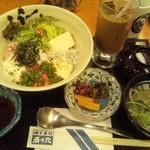 酒の穴 - ジュレ丼&アイスコーヒー