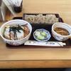 花村 - 料理写真:志の田そば+半かつ丼  930円