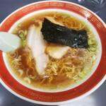 中華そば マル真 - 料理写真:醤油ラーメン 細麺