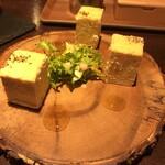 モダンバル餐仕 - おつまみチーズケーキ