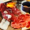 おひるごはん&おさけごはん MOG食堂 - 料理写真:国産牛もも肉のわたあめ炙り