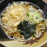 江戸家 - 温かいお蕎麦が美味しい季節です