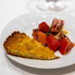 la Brianza - ファリナータ ラムのトマトサラダ