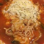 太陽のトマト麺 - 太陽のチーズトマト麺 (麺とチーズ 増量ver.) 麺は細麺