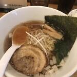博多鶏塩らぁめん みやびや - 醤油ラーメン670円!
