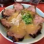 125209895 - 上チャーシュー麺 (中)