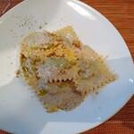 125211756 - リコッタチーズとほうれん草を詰めたラビオリ クルミのソース