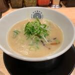 神虎麺商店  - 神虎らーめん ¥790- (税込)