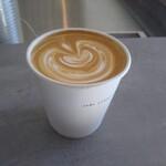 シロコーヒースタンド - WHITE