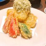 お酒と和彩 いづる - この大根の天ぷらが絶品過ぎる。外はカリっと中はトロっと…必食メニュー