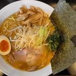 麺屋はしば - みそラーメン(太麺大盛)