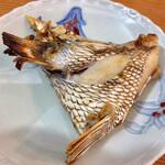 さきと - 「お通し」@? 本格的に美味しい鯛のカマ焼き