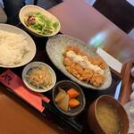 やぐやキチジョウジ - チキン南蛮定食990円