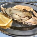 焼き牡蠣小屋 - 料理写真: