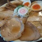 125260899 - 大盛り淡成らー麺(味玉 チャーシュートッピング)