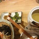 東京たらこスパゲティ - 香の物+お出汁