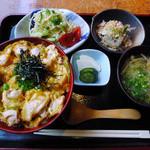 12527776 - 親子丼定食