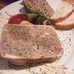 ゴッチャ - パテドカンパーニュとレバーパテの二種盛り