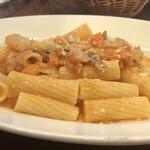 CAFE HELLO - 菜園風お野菜のトマト煮込みソース(リガティーニ)