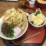 吾作 - 料理写真:肉ごぼう天うどん ミニとり天丼セット