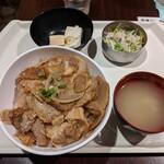 125279870 - チャーシュー丼ランチ(650円)