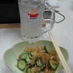 居酒屋 一丁目 - くらげの酢の物と柚子チューハイ