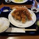 125301130 - エビフライ2アジフライ2定食 2100円