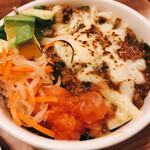 ベトナムビストロasiatico - タコライスのガパオご飯