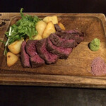 ゴルゴン9 - ハラミ 熟成肉