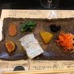 125308458 - いろいろ盛り合わせ。カラスミ、太刀魚、柑橘の皮、黒豆、なます。