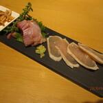 喜鈴 - A鶏刺し盛り合わせ(さつま地鶏むね肉・皮・もも・むね肉刺しの昆布締め)