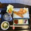 串武 - 料理写真:イワシ、豚チーズ、タマネギ