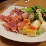 トラットリア コダマ - ビュッフェの料理
