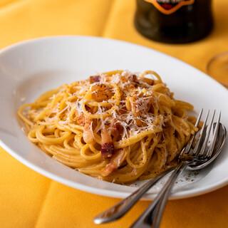 当店のお料理には、イタリア産のワインが相性抜群。