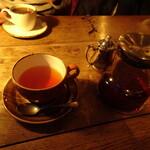 Northfields - イングリッシュブレックファーストとホットコーヒー