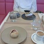 Girouette Cafe - 奥;バナナムース・ほうじ茶ラテ