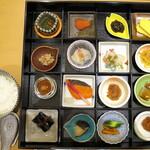 函館国際ホテル - 料理写真:和食膳