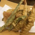 海鮮茶屋 サバニ - 天ぷら盛り合わせ 1100円