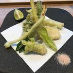 すきあじ - 山菜の天ぷら