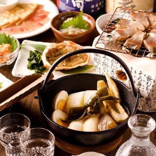 『串焼き、おでん6種盛り』日本酒と相性抜群な逸品勢揃い