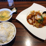 chuukachuubourakuyuuken - セレクトランチ ヘレ肉の酢豚