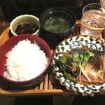 125389081 - 日替わり定食 (税込)700円 (2020.02.12)